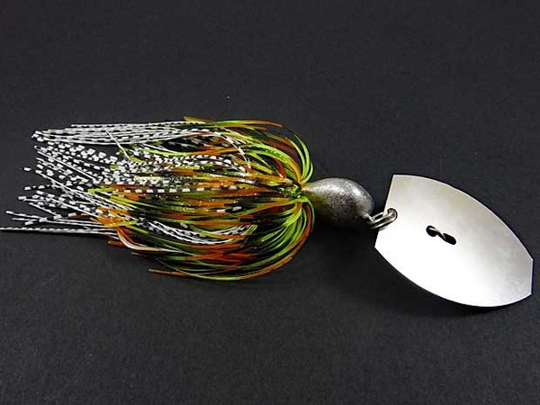 Big Chatterbait mit Doppel-Skirt